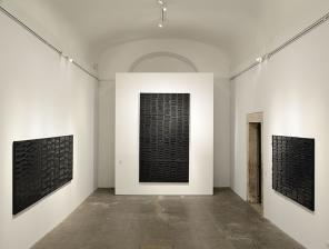 Installation View: Soulages XXI century at the French Academy, Villa Medici, Rom